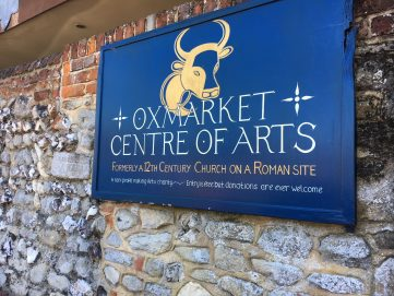 Photo of the outside Oxmarket Gallery sign.